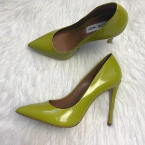 Steve Madden Bright Green Patent Leather Pumps